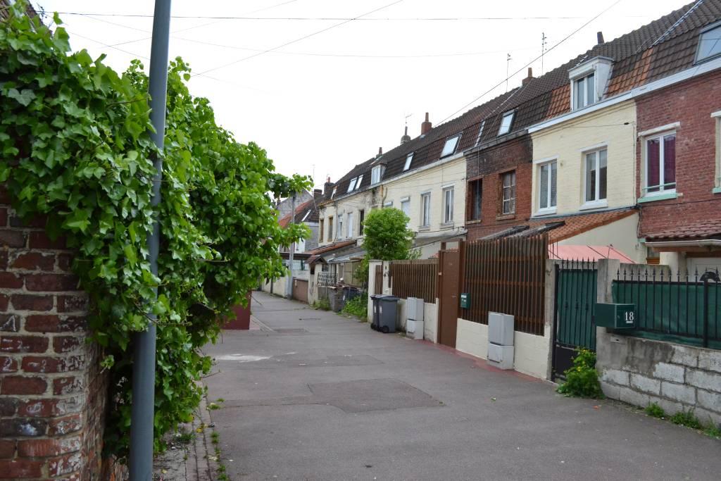 Immobilier nord 59 notaire ryssen delabre bertin for Garage barbieux fauquissart